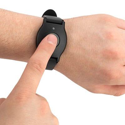 pendant wristband
