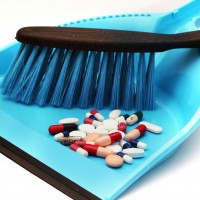 How To Safety Store And Dispose Of Medications